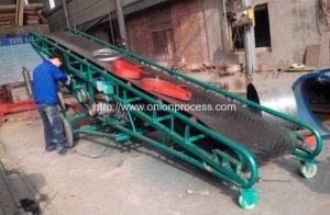 Movable-Packaged-Onion-Truck-Loading-Lift-Conveyor