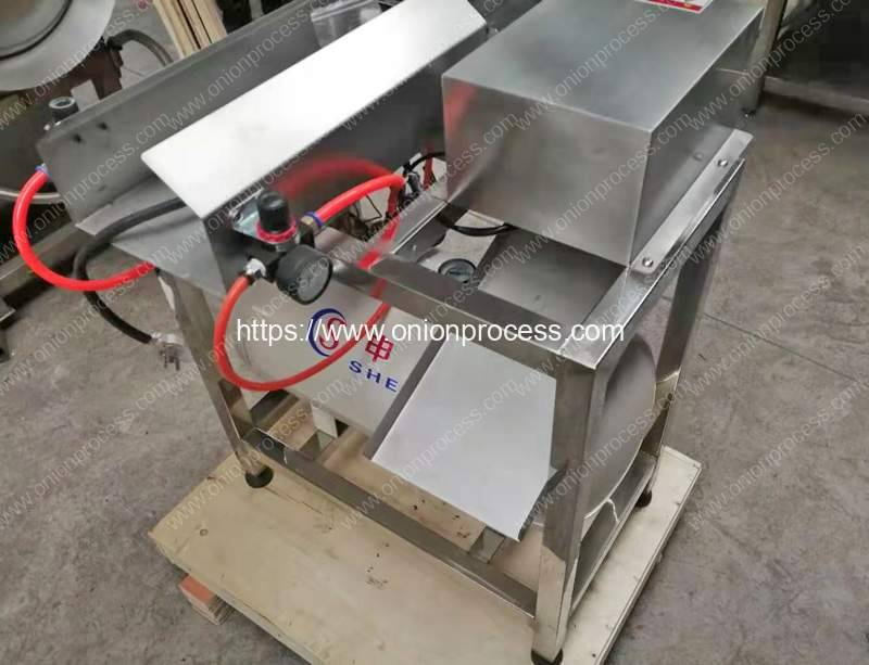 Green-Onion-Root-Cutting-and-Peeling-Machine-for-France-Customer