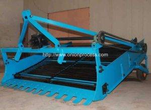 Automatic Onion Harvester Machine
