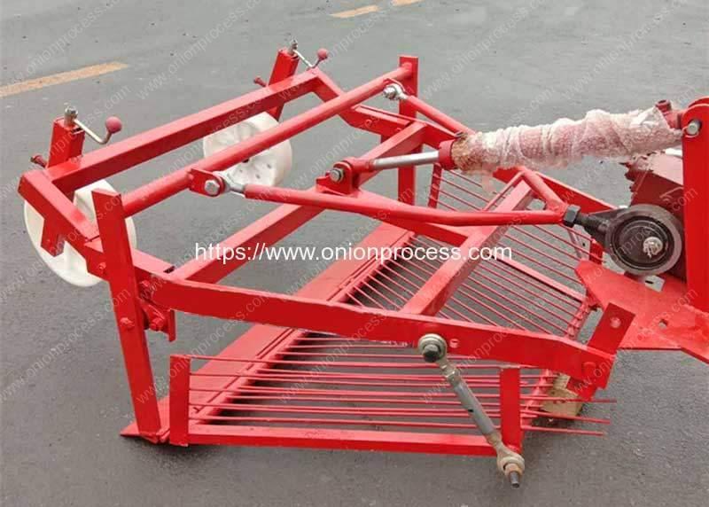 Front-Mount-Onion-Harvester-Machine